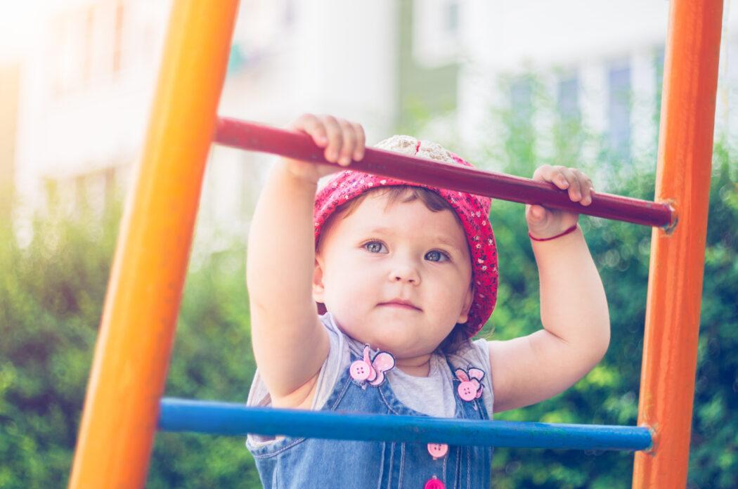 Wachstumsschub kleinkind, wachstumsschübe kleinkind 2. lebensjahr, oje ich wachse kleinkindalter, entwicklungsschub kleinkind übersicht, wachstumsschmerzen