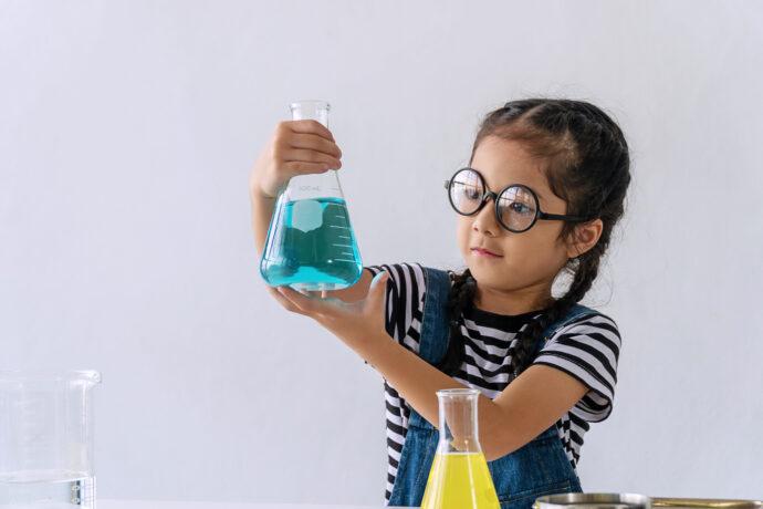 experimente mit wasser, wasserexperimente, wasserversuche mit kindern