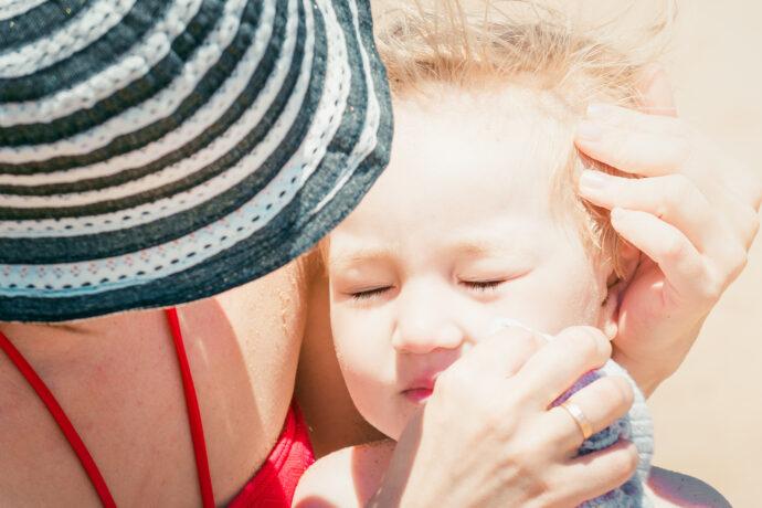 sonnenstich bei kindern und babys