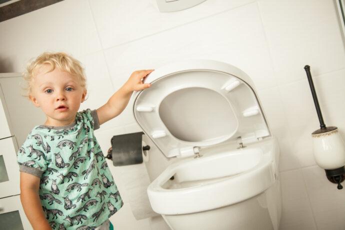 kleinkind toilette, trockenwerden kleinkind,
